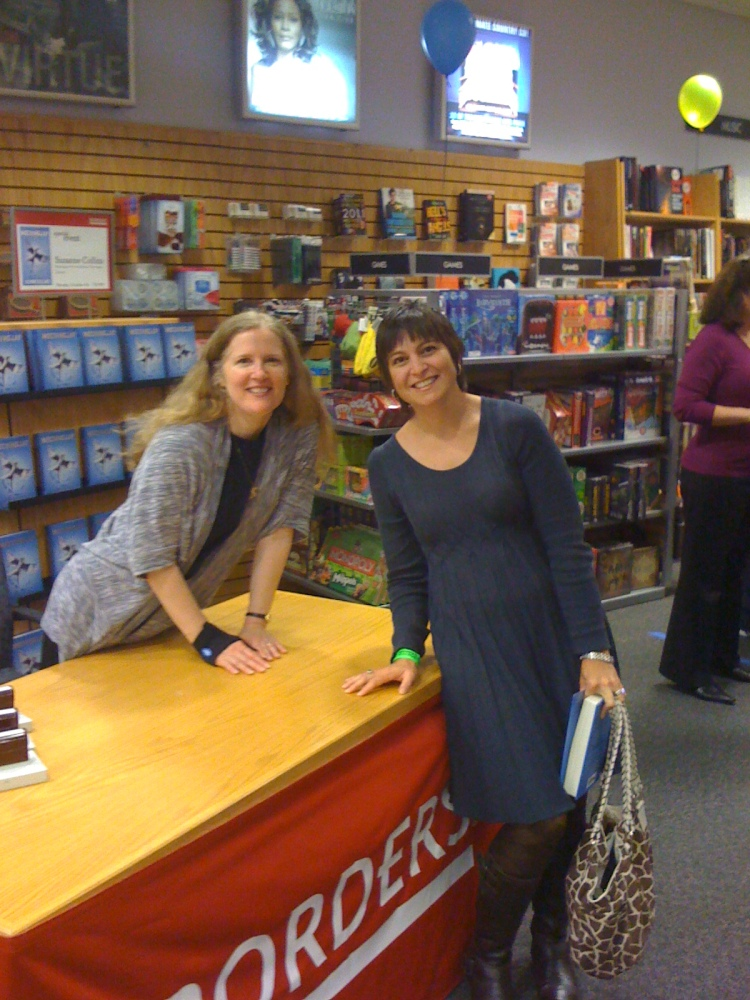 Suzanne Collins Book Signing (3/3)